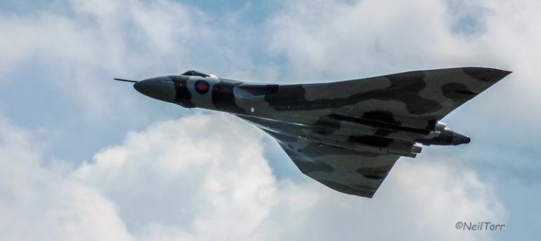 XH558 at RAF Waddington International Airshow 2013