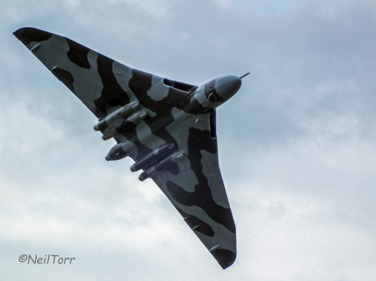 XH558 at RAF Waddington International Airshow 2014